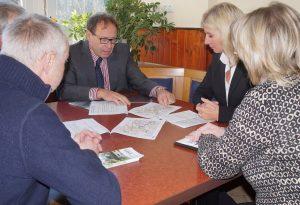 Staatssekretärin Inge Klaan, Umweltministerin Ulrike Scharf, Geschäftsführer Leonhard Nossol ZPR Blankenstein, Fritz Sell